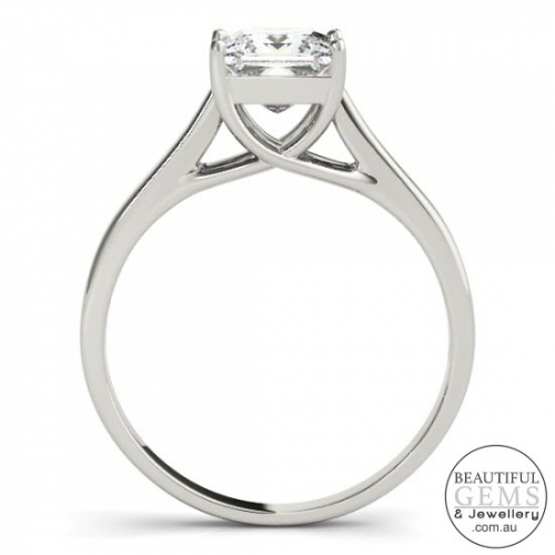 1 Carat Princess Cut Engagement Ring 18ct Gold