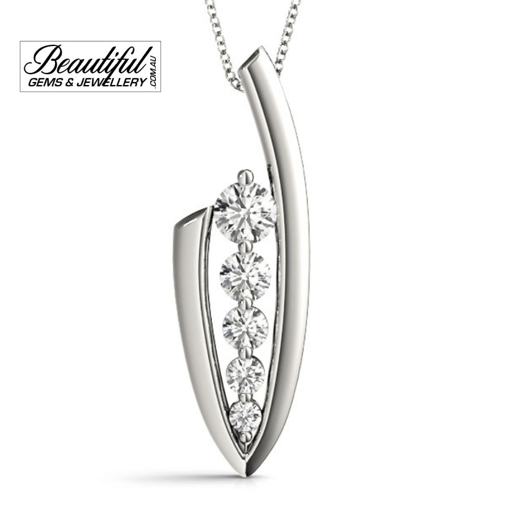1-Carat-Diamond-Pendant-Graduated-Setting-18K-White-Gold-1